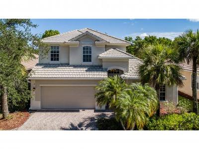 Naples Single Family Home For Sale: 15881 Delasol Ln