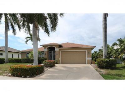 Marco Island Single Family Home For Sale: 1440 Galleon Ave #8