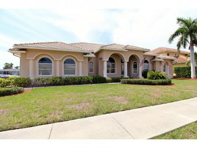 Marco Island Single Family Home For Sale: 80 Delbrook Way #25