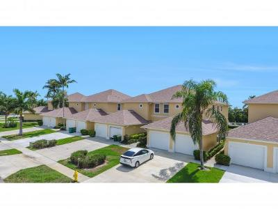 Marco Island Condo/Townhouse For Sale: 486 Tallwood St #404