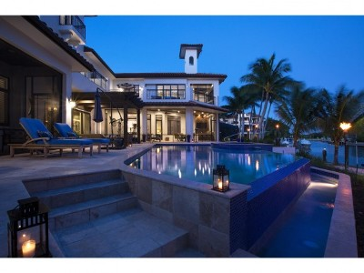 Marco Island Single Family Home For Sale: 1517 Caxambas Ct #13