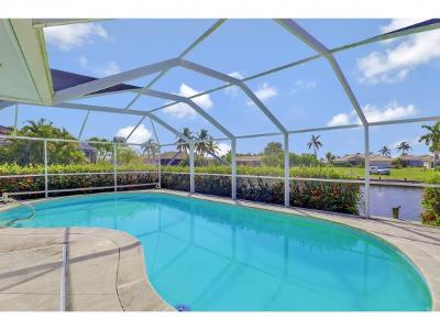 Marco Island Single Family Home For Sale: 1649 Briarwood Ct #3