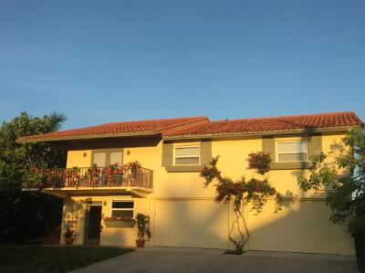 Marco Island Single Family Home For Sale: 749 Plantation Ct #11