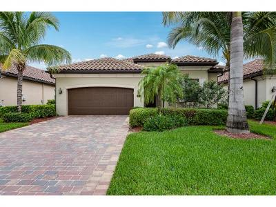 Naples Single Family Home For Sale: 3126 Aviamar Cir