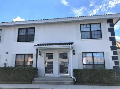 Marco Island Condo/Townhouse For Sale: 19 Marco Villas Dr #O-5