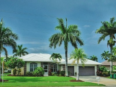 Marco Island Single Family Home For Sale: 1720 Winterberry Dr #5