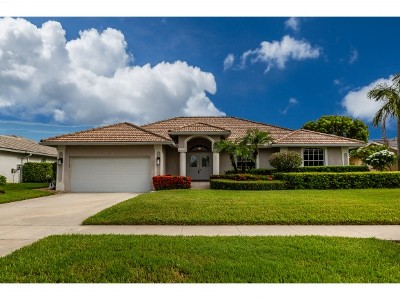 Marco Island Single Family Home For Sale: 1500 Biscayne Way #8