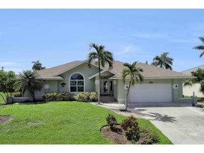 Marco Island Single Family Home For Sale: 1865 N Bahama Ave #2