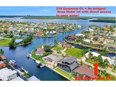 Marco Island Single Family Home For Sale: 219 Geranium Ct #2