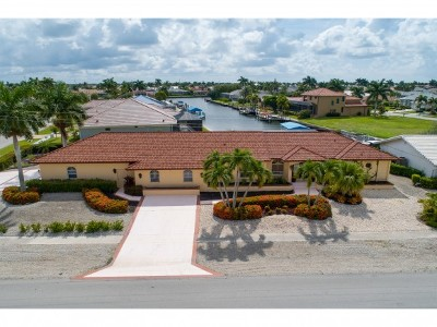 Marco Island Single Family Home For Sale: 191 Lamplighter Dr #7