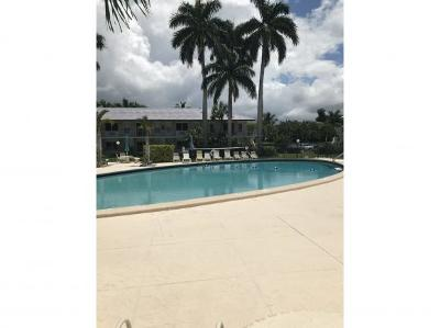 Aquarius Apts Of Marco Island Condo/Townhouse For Sale: 167 N Collier Blvd #9