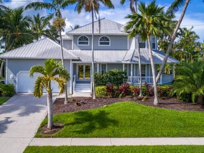 Marco Island Single Family Home For Sale: 466 Spinnaker Dr #12