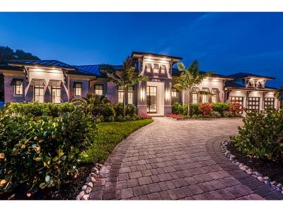 Naples Single Family Home For Sale: 615 Harbour Dr #4