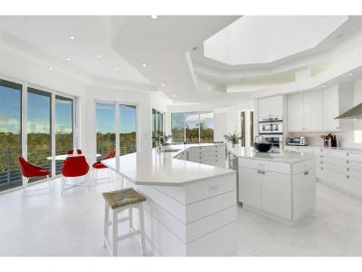 Hideaway Beach Single Family Home For Sale: 795 Waterside