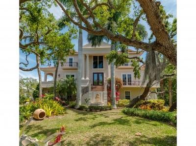 Hideaway Beach Single Family Home For Sale: 355 Gumbo Limbo