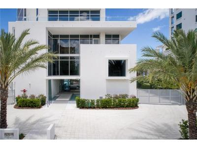Sarasota Condo For Sale: 280 Golden Gate Point #Grand Re