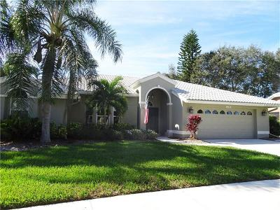 Sarasota Single Family Home For Sale: 4385 Maplewood Lane