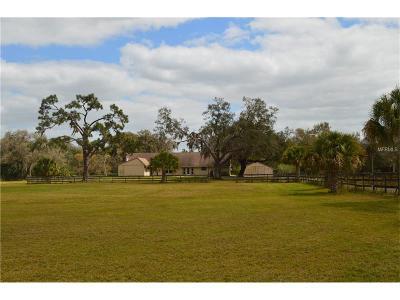 Sarasota Single Family Home For Sale: 1200 Fox Creek Drive