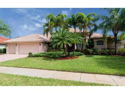 Sarasota Single Family Home For Sale: 7825 Crest Hammock Way
