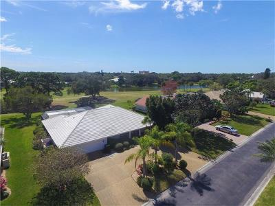 Country Club Of Sarasota The Single Family Home For Sale: 3834 Torrey Pines Boulevard