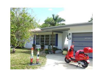 Sarasota Single Family Home For Sale: 660 Corwood Drive