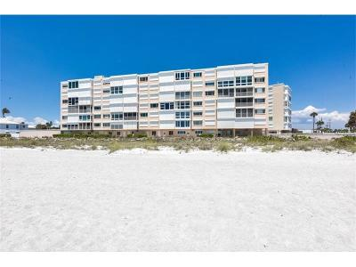 Holmes Beach Condo For Sale: 5300 Gulf Drive #306