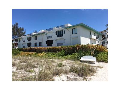 Holmes Beach Condo For Sale: 2700 Gulf Drive #102