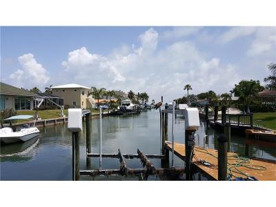 Longboat Key Single Family Home For Sale: 501 Gunwale Lane