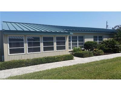 Bradenton, Lakewood Ranch, Longboat Key, Sarasota, Longboat, Nokomis, North Venice, Osprey, Siesta Key, Venice Villa For Sale: 5860 Midnight Pass Road #16