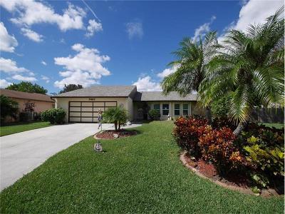 Sarasota Single Family Home For Sale: 5462 Creeping Hammock Circle