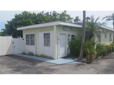Villa For Sale: 160 Harrison Drive #6