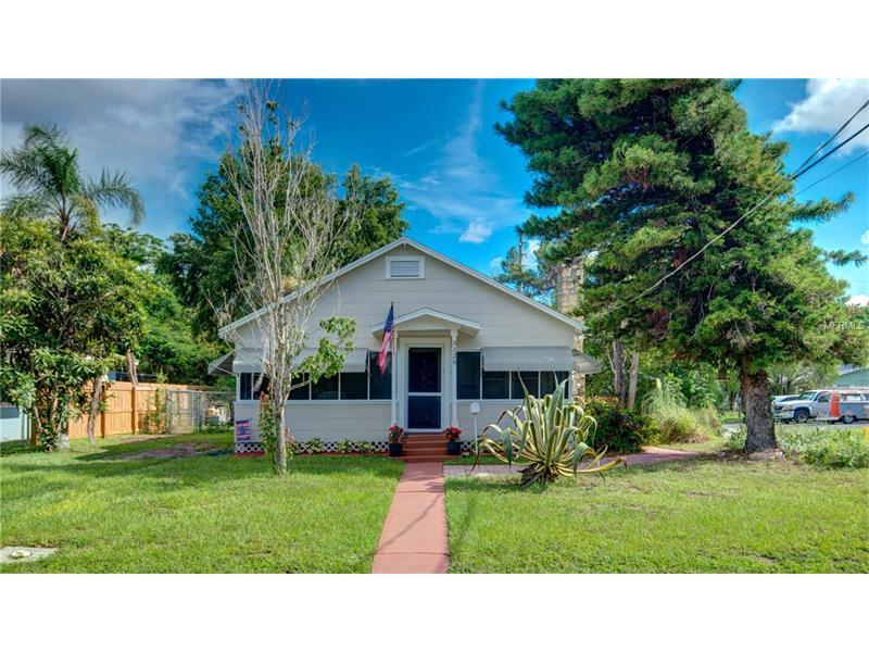 3329 2nd Avenue W Bradenton FL