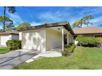 Sarasota FL Villa For Sale: $199,900