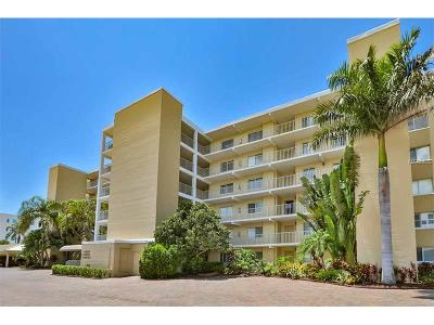 Longboat Key Condo For Sale: 4825 Gulf Of Mexico Drive #C-103