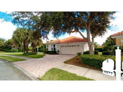 Sarasota Single Family Home For Sale: 5071 Hanging Moss Lane