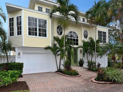 Longboat Key Single Family Home For Sale: 3020 Gulf Of Mexico Drive #2