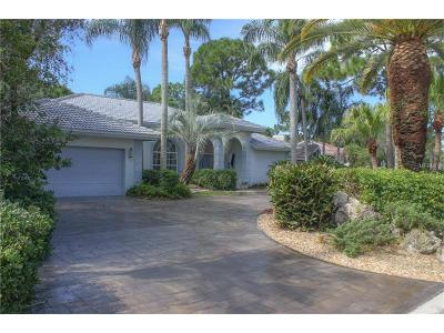 Sarasota Single Family Home For Sale: 3774 Surrey Lane