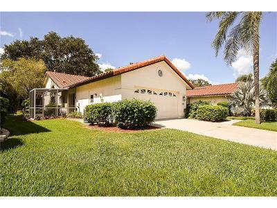 Bradenton Single Family Home For Sale: 4982 Clubview Court E