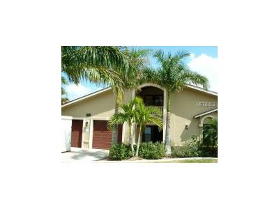 Cape Coral Single Family Home For Sale: 4827 Sands Boulevard