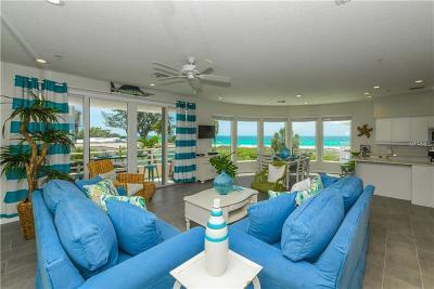 Holmes Beach Condo For Sale: 3708 Gulf Drive #2