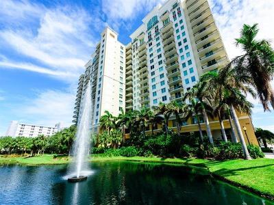 Sarasota Condo For Sale: 800 N Tamiami Trail #709