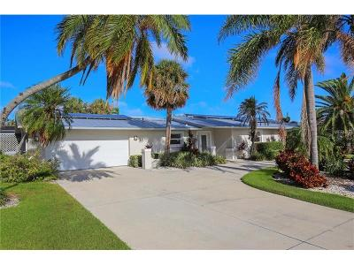 Longboat Key Single Family Home For Sale: 537 Schooner Lane