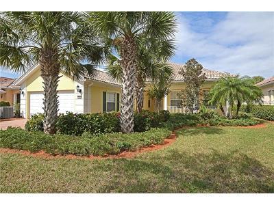 Sarasota Single Family Home For Sale: 5956 Mariposa Lane