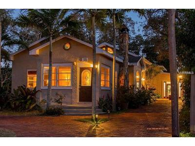 Nokomis Single Family Home For Sale: 329 Palmetto Road W