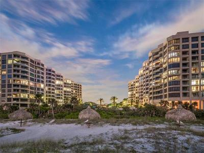 Lakewood Ranch, Lakewood Rch, Lakewood Rn, Longboat Key, Sarasota, University Park, University Pk, Longboat, Nokomis, North Venice, Osprey, Siesta Key, Venice Condo For Sale: 1211 Gulf Of Mexico Drive #906