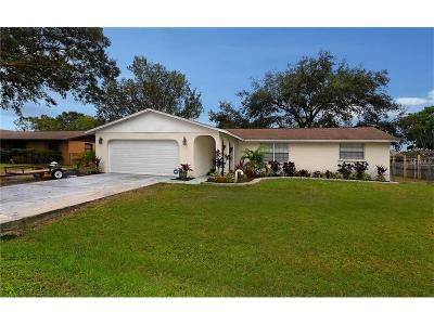 Sarasota FL Single Family Home For Sale: $239,000