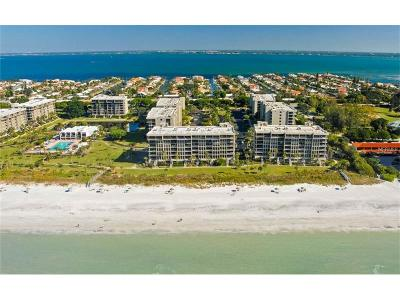 Lakewood Ranch, Lakewood Rch, Lakewood Rn, Longboat Key, Sarasota, University Park, University Pk, Longboat, Nokomis, North Venice, Osprey, Sara, Siesta Key, Venice Condo For Sale: 1065 Gulf Of Mexico Drive #402