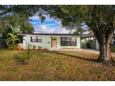 Port Charlotte Single Family Home For Sale: 209 Seminole Boulevard NW