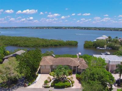 Sarasota Single Family Home For Sale: 1366 Roberts Bay Lane