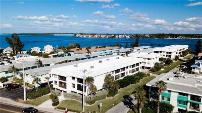 Bradenton Beach Condo For Sale: 601 Gulf Drive N #204